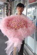 粉愛99金莎花束